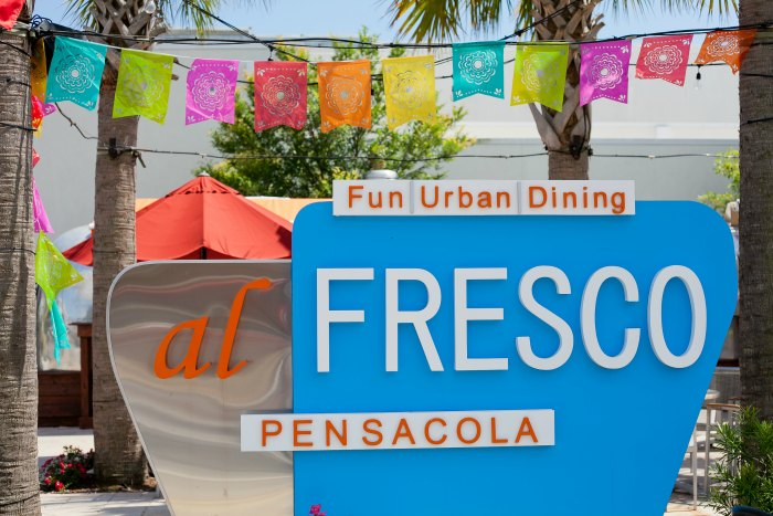 family friendly restaurants pensacola fl