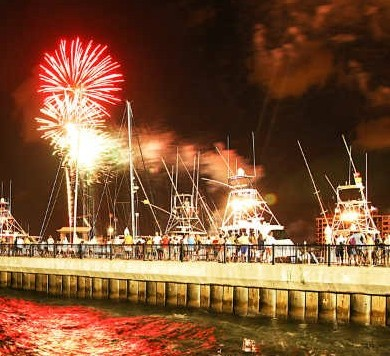 july 4th events pensacola fl lighted boat parade pensacola florida